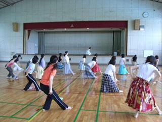 フィットネスフラダンス